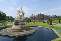 Англия монархия